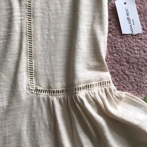 Banana Republic Tops - Banana republic Malibu tee